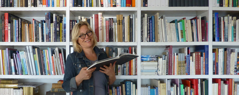 Dr. Marion Sauter